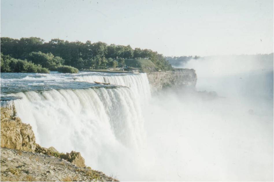 Niagara Falls - Annie Spratt